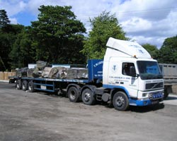 Unit Truck with 45' Flatbed Trailer